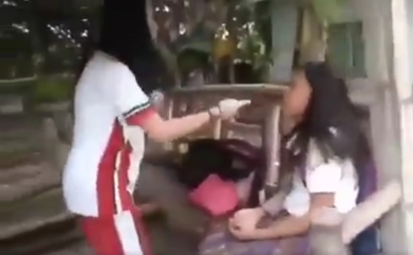 Netizens Enraged Over Viral Video of Bully Slapping Another Student Inside Their Campus